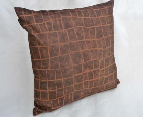 giraffe animal print pillow cover