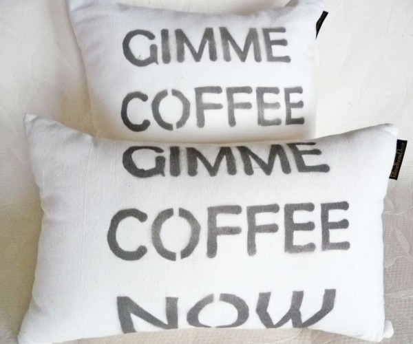 Statement pillow Gimme Coffee