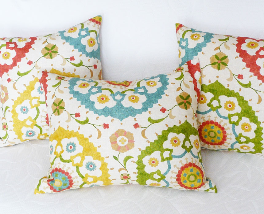 Throw Pillow Makeover : Cheap Pillows For Inexpensive Spring Makeovers