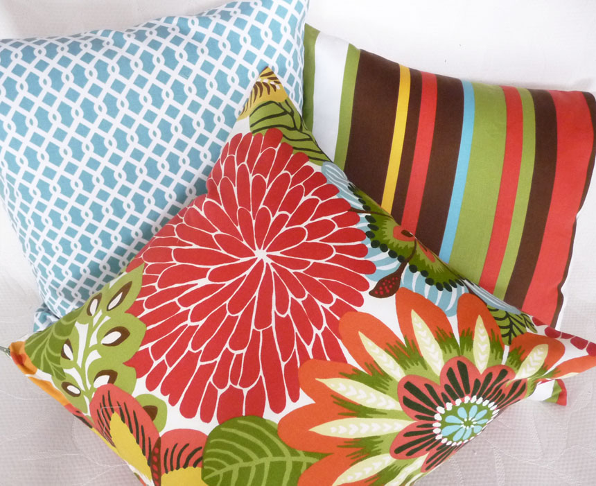 Inexpensive Throw Pillows For Couch : Cheap Pillows For Inexpensive Spring Makeovers