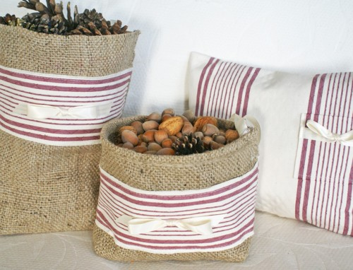 Christmas Burlap Gift Bag in Red and Cream