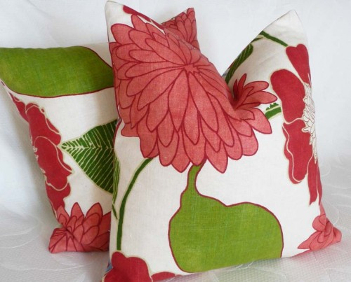 Christmas Shopping 100 Decorative Throw Pillows U2013 MORE Cyber Monday $10  Deals