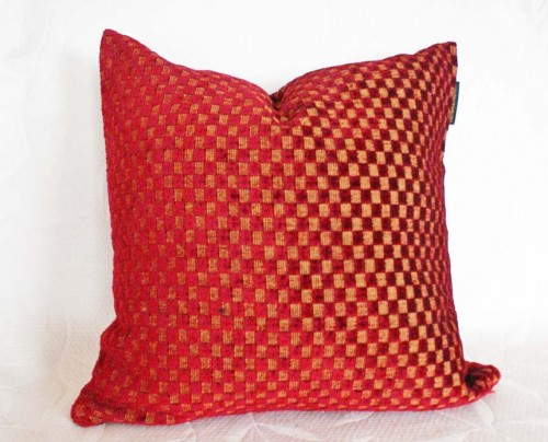 Throw Pillows Black Friday : 100 Decorative Pillows ? 10 Dollar Deals on Black Friday Cyber Monday